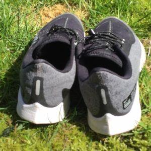 Nike cross trainers